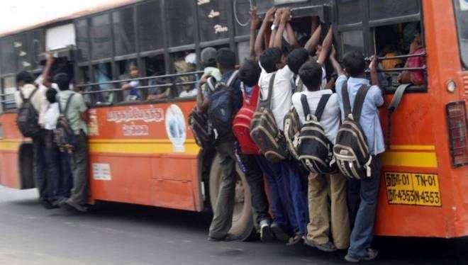 படியில் பயணம் நொடியில் மரணம்.. சென்னையில் நிகழ்ந்த சோகம்