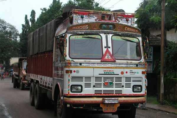 டெல்லியில் லாரி ஓட்டுனருக்கு ரூ. 2,00,000 அபராதம்