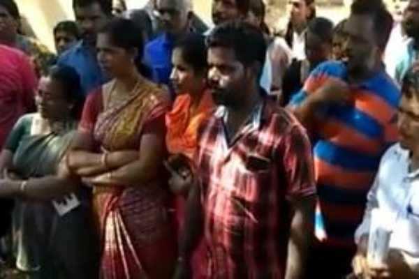 கன்னியாகுமரி: வாக்காளர் பட்டியலில் 1,000 மீனவர்கள் பெயர்கள் இல்லை!