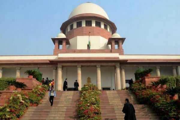மகாராஷ்டிரா : மத்திய அரசுக்கு உச்ச நீதிமன்றம் நோட்டீஸ்!!!