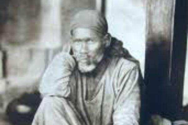 பக்தர்களைக் காப்பாற்றும் துவாரகா மயி