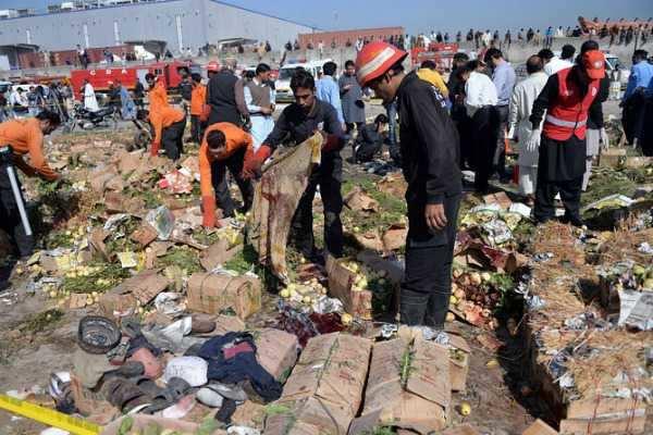 பாகிஸ்தான் மார்க்கெட்டில் குண்டுவெடிப்பு: 30 பேர் பலி