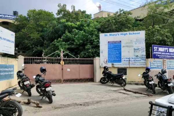 மாணவிகளிடம் ஆபாச வீடியோ காட்டிய தாளாளர் மீது போக்சோ சட்டத்தின் கீழ் வழக்கு பதிவு!