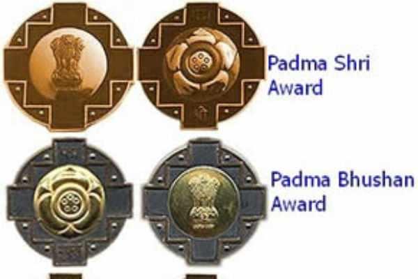 இன்று வழங்கப்பட்ட பத்ம விருதுகள்