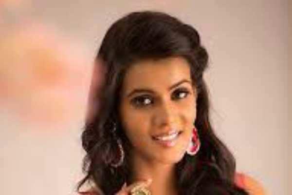 எனது உயிருக்கு ஆபத்து: நடிகை புகார்