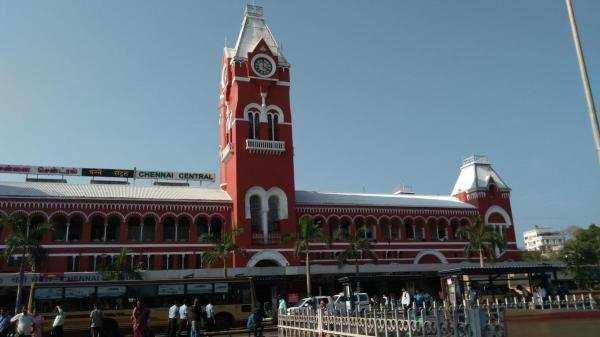 சென்னை: நான் தனி ஆளு இல்ல...என் பின்னாடி ஒரு கூட்டமே இருக்கு! #MadrasDay