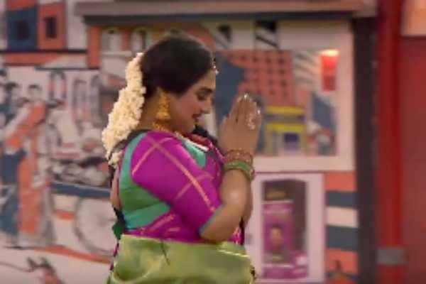 மீண்டும் பிக்பாஸ் வீட்டிற்குள் என்ட்ரி கொடுக்கும் வனிதா விஜயகுமார்!