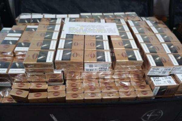 திருச்சி விமான நிலையத்தில் ரூ.30.22 லட்சம் மதிப்புள்ள தங்க நகைகள் பறிமுதல்