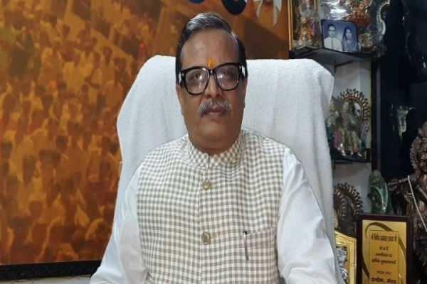 மோடி கிருஷ்ணன், அமித் ஷா அர்ஜூனன்!!!