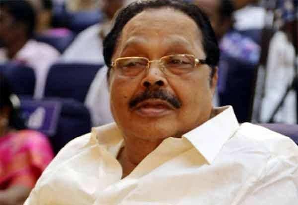 ரெய்டோ ரெய்டு: பொதுத் தேர்தல் நேரத்தில் நரேந்திர மோடி எதிர்க்கட்சிகளை பந்தாடுகிறாரா?
