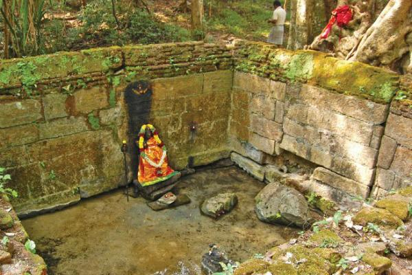 செவ்வாய் தோஷம், நாக தோஷம், கிரக தோஷம் நிவர்த்தி செய்யும் அத்ரி மலை…