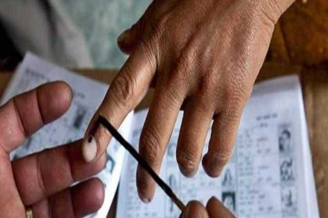 கர்நாடகாவில் 15 தொகுதிகளில் வாக்குப்பதிவு தொடங்கியது