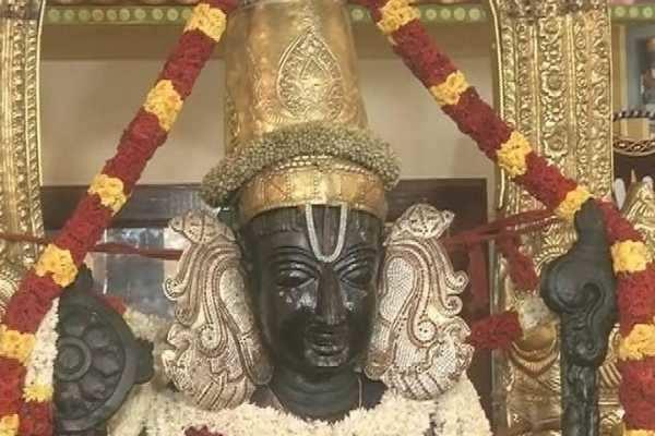 அத்திவரதர் தரிசனம் நாளை மட்டும் மாலை 5 மணியுடன் நிறைவு: மாவட்ட ஆட்சியர்