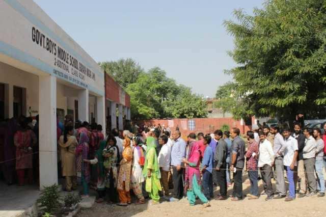 உள்ளாட்சி தேர்தல்: காஷ்மீர் பள்ளத்தாக்கில் வெறும் 8.3% வாக்குப்பதிவு!