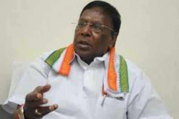 ஓபிஎஸ் வாக்குறுதியை நிறைவேற்றவில்லை: முதலமைச்சர் நாராயணசாமி