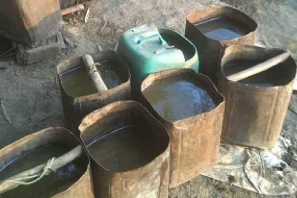அசாம்- கள்ளச்சாராயம் குடித்த 26 பேர் உயிரிழப்பு