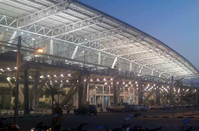சென்னையில் ரூ.1.56 கோடி மதிப்புள்ள தங்கம் பறிமுதல்