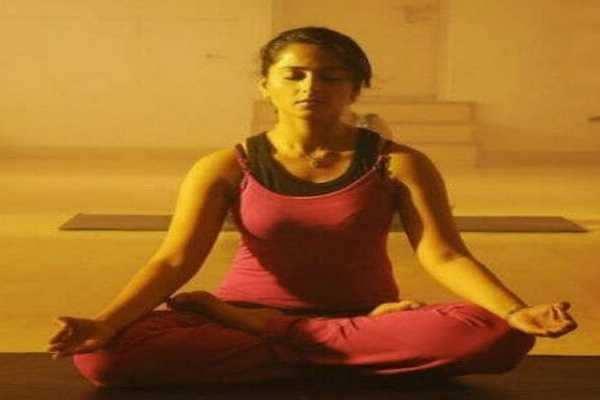 ஆரோக்கிய வாழ்க்கைக்கு வழி காட்டும் அனுஷ்கா, அமலா பால்