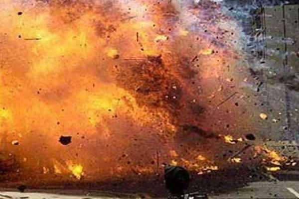 பாகிஸ்தானில் காய்கறி சந்தையில் குண்டுவெடிப்பு - 14 பேர் பலி