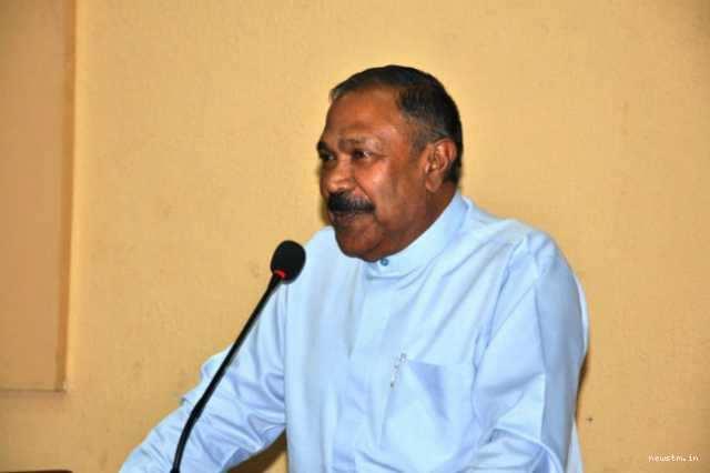 இலங்கை தமிழர்களுக்கு உதவ வேண்டும்! ராதாகிருஸ்ணன்