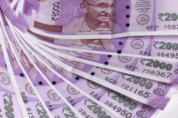 இந்திய ரூபாய் நோட்டுகள் ரூ.2,000, 500 மற்றும் 200 செல்லாது: நேபாள அரசு அதிரடி!