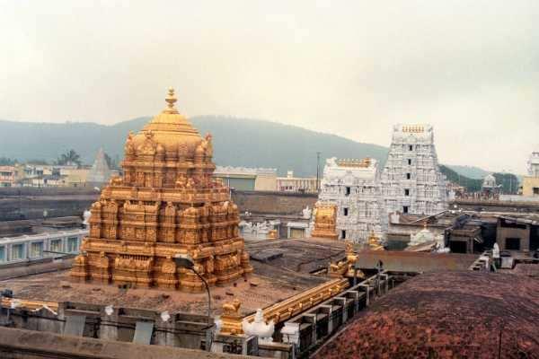 3-ஆவது முறையாக ரூ.100 கோடி: உண்டியல் காணிக்கையில் கலக்கும் திருப்பதி