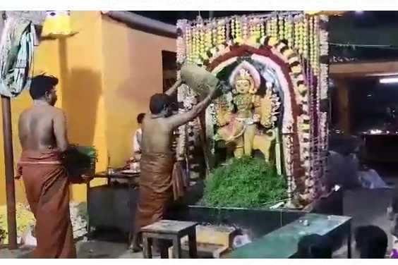 ஜென்ம அஷ்டமி பெருவிழா: நெய் தீபம் ஏற்றி காலபைரவர் வழிபாடு