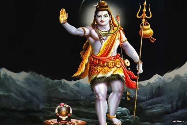 இன்று பிரதோஷம்  -  பிரதோஷ நேரத்தில் இந்த ஸ்லோகத்தை சொல்லுங்கள் நீங்கள் நினைத்தது நடக்கும்