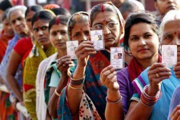 மகாராஷ்டிரா, அரியானா மாநில சட்டப்பேரவை தேர்தல்: விறுவிறுப்பான வாக்குப்பதிவு!