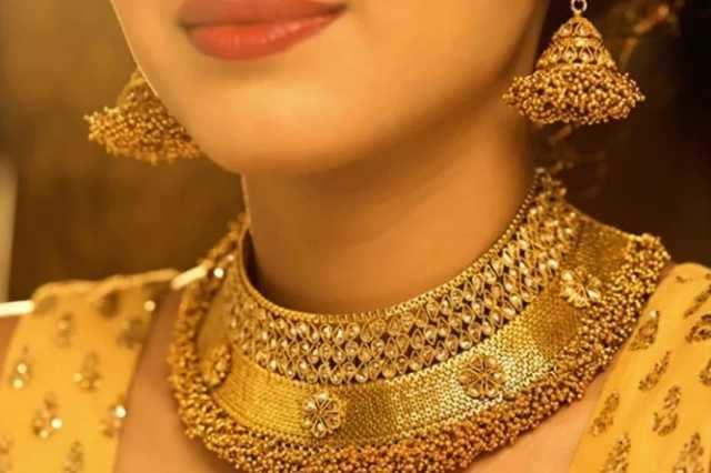 தங்கம் விலை சவரனுக்கு 8 ரூபாய் உயர்ந்தது