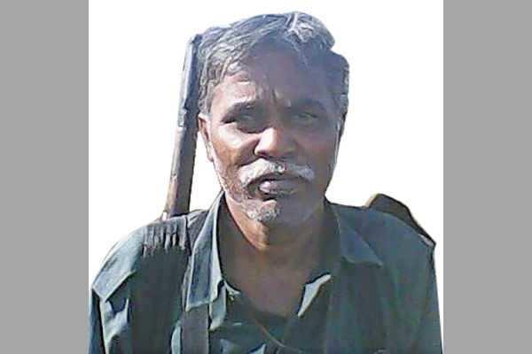 மாவோயிஸ்ட் மனைவி, சகோதரிக்கு 3 நாள் பரோல்!