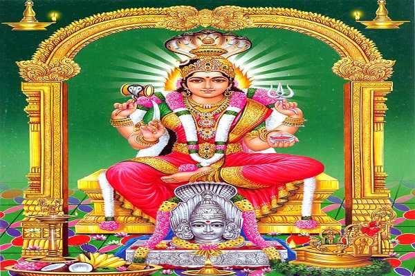 நாக வடிவில் நாடி வந்தோர் துயர் தீர்க்கும் திருவேற்காடு கருமாரியம்மன்