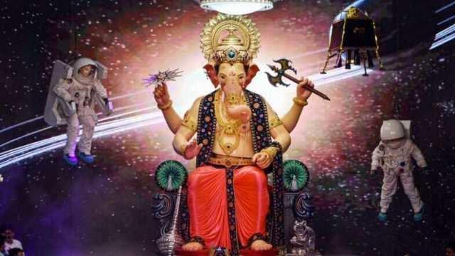 சந்திரயானை பெருமைப்படுத்திய லால்பாக் ராஜா கணபதி