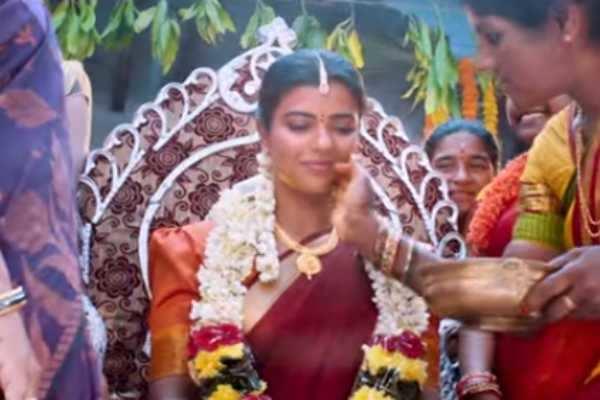 கனா திரைப்படத்தின் தெலுங்கு ரீமேக்கில் இருந்து வெளியாகியுள்ள பாடல்!