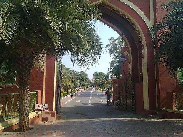 சென்னையில் பாரம்பரியக் பழமையான மிகப்பெரிய அரண்மனை...!