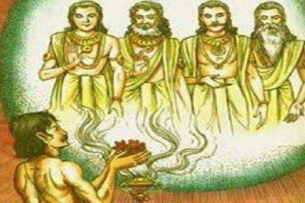 நாளை வெள்ளிக்கிழமை ...லஷ்மி கடாட்சம் கிடைக்க இதை செய்யுங்கள்