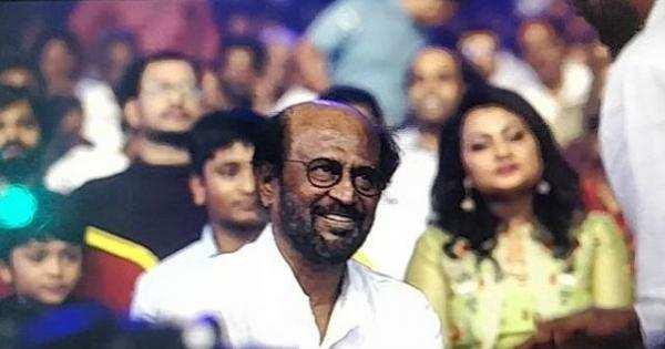 'தர்பார்' இசை வெளியீட்டு விழாவில் விஜய்! அதிர வைத்த முருகதாஸ்!