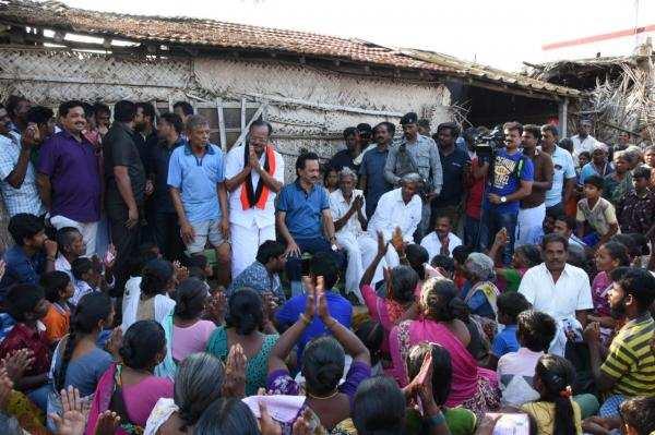 சூலூர் திண்ணை பிரச்சாரத்தில் கிராம மக்களின் குறைகளை கேட்டறிந்தார் ஸ்டாலின்!
