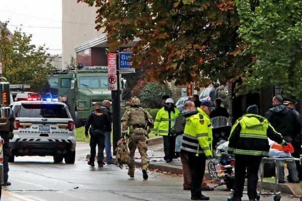 அமெரிக்கா: யூத வழிப்பாட்டு தளத்தில் துப்பாக்கிச்சூடு-11 பேர் பலி