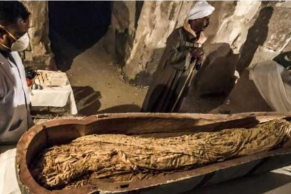 3000 ஆண்டுகளுக்கு முந்தைய மம்மி திறந்து பார்க்கப்பட்டது!