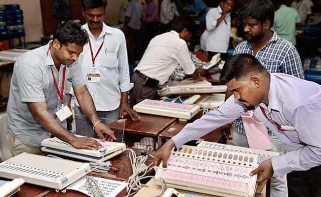தமிழ்நாடு, புதுச்சேரியில் 39 மக்களவை தொகுதிகளுக்கு தேர்தல் - வாக்குப்பதிவு தொடங்கியது