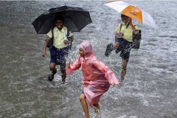 காரைக்கால்,சேலம், ராமநாதபுரம் - பள்ளிகளுக்கு விடுமுறை