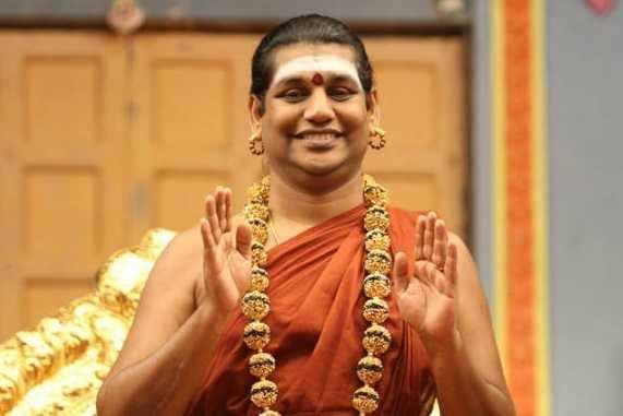 நித்யானந்தாவின் சிஷ்யைகளை ஆஜர்படுத்த நீதிமன்றம் உத்தரவு