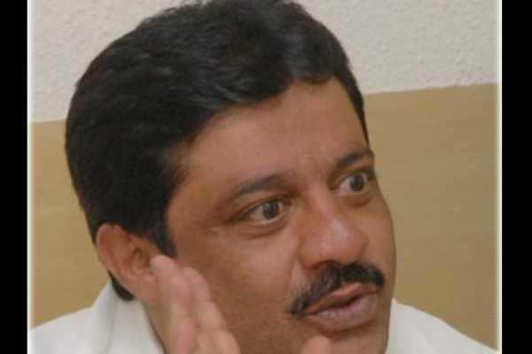 ஆமாம்...பாஜக எம்எல்ஏ.க்களுடன் தொடர்பில் உள்ளோம்: காங்கிரஸ்