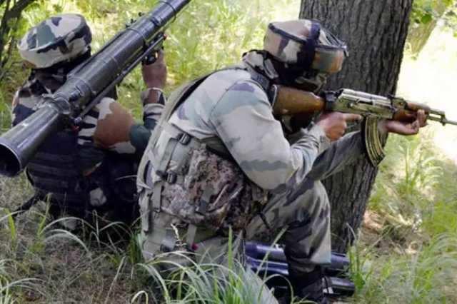 பாகிஸ்தான் ராணுவம் தாக்குதல்: இந்திய வீரர்கள் 2 பேர் உயிரிழப்பு