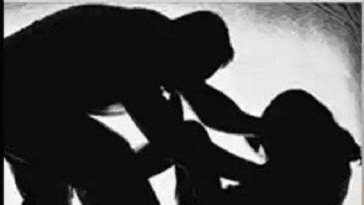 குடித்துவிட்டு மனைவியை பாடாய் படுத்திய கணவர்.. பொறுக்க முடியாமல் அறுப்பு