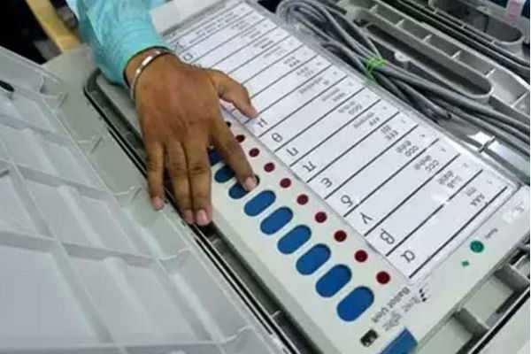 விறுவிறுப்பாக நடைபெற்றுவரும் வேலூர் மக்களவை தேர்தல்!