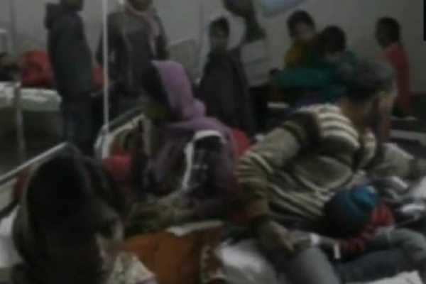 திருமண ஊர்வலத்துக்குள் லாரி புகுந்த விபத்தில் 13 பேர் பலி!