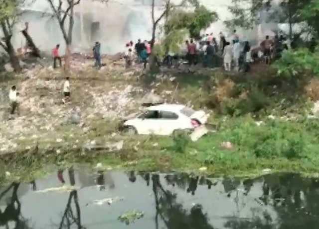 பட்டாசு ஆலையில் வெடிவிபத்து: 16 பேர் உயிரிழப்பு