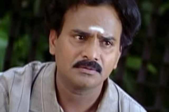 பிரபல நகைச்சுவை நடிகர் திடீர் மரணம்: அதிர்ச்சியில் திரையுலகம்